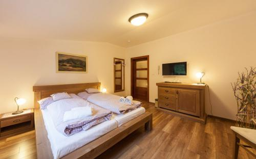 ondrasuv_dvur_hotel_1_0.jpg